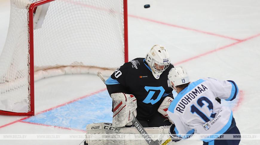 Микаэль Руохомаа переигрывает Александра Осипкова