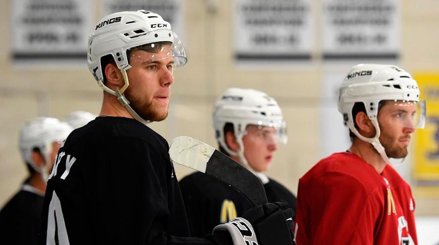 Степан Фальковский. Фото NHL