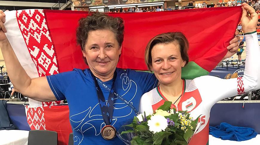 Татьяна Шаракова (справа). Фото Белорусской федерации велосипедного спорта