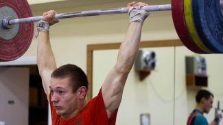 Дмитрий Иванов. Фото weightlifting.by