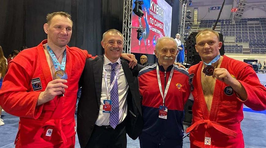 Юрий Рыбак (слева) и Андрей Казуенок (справа). Фото kp.by