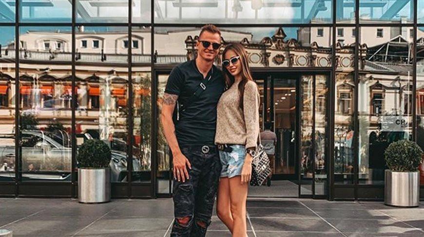 Дмитрий Тарасов и Анастасия Костенко. Фото из Instagram