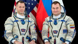 Космонавт Роскосмоса Алексей Овчинин иастронавт NASA Ник Хейг. Фото Роскосмос