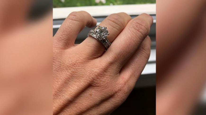 Пара из Австралии перелопатила 30 т мусора, чтобы найти потерянные обручальные кольца