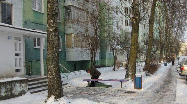 На снимке проверка показаний на месте с участием свидетеля. Фото УСК по Минской области