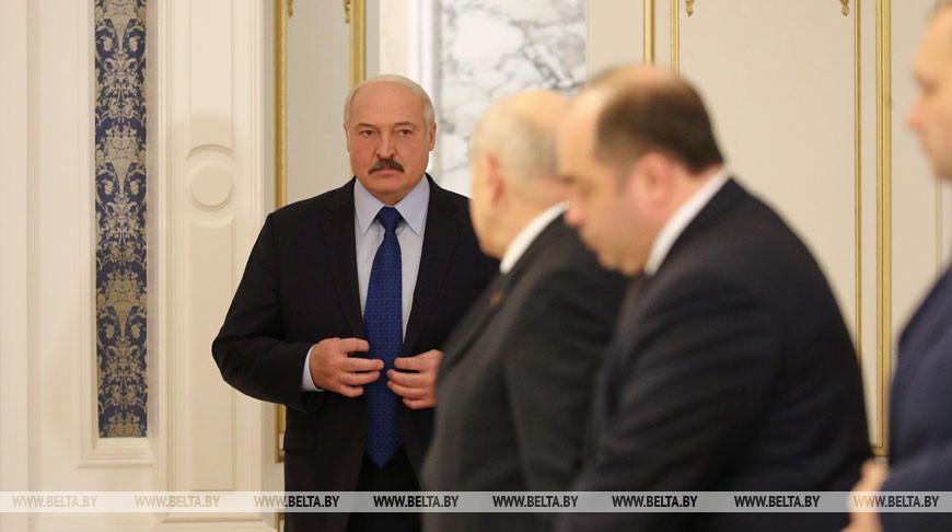 Беларусь будет стремиться поставлять с российского рынка 30-40% от необходимых объемов нефти