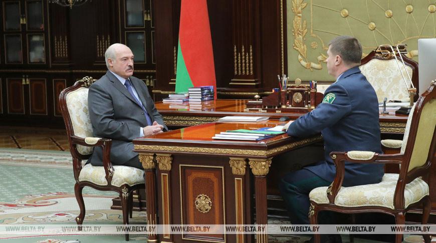 Юрий Сенько доложил Александру Лукашенко о результатах работы таможни за прошлый год