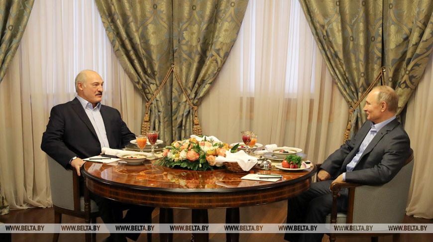 Лукашенко и Путин проводят встречу в Красной Поляне