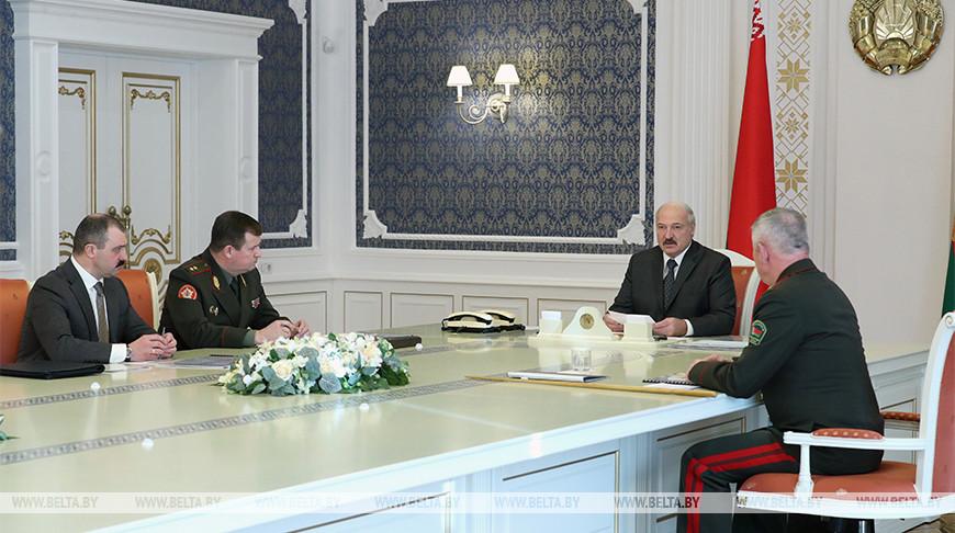 «Вызовов и угроз не становится меньше» — у Президента обсудили ситуацию на белорусской границе