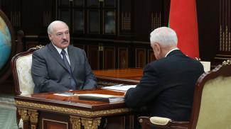 Александр Лукашенко и Михаил Мясникович