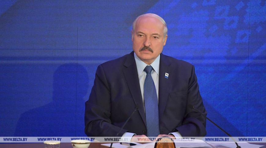Александр Лукашенко на съезде Федерации профсоюзов Беларуси