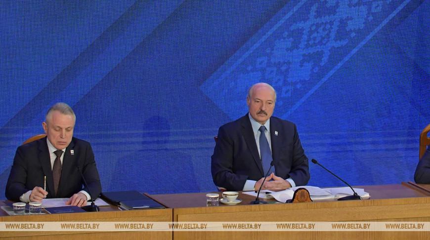 На съезде Федерации профсоюзов Беларуси