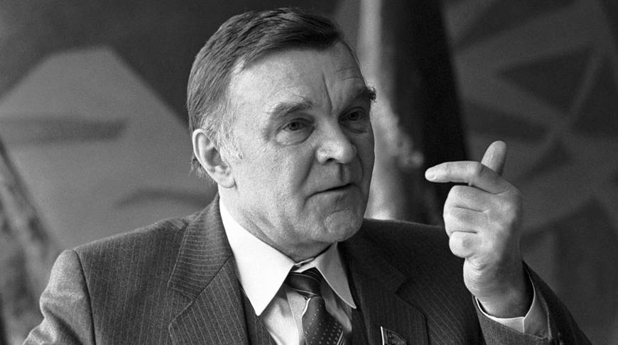 Юрий Бондарев. Фото ТАСС
