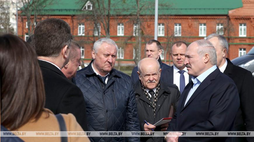 «Все хотят укусить Беларусь» — Лукашенко прокомментировал критику подходов к борьбе с коронавирусом