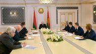 Лукашенко: в Беларуси удается сдерживать заболеваемость в целом