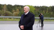 Лукашенко поручил на практике изучить эксплуатацию электробусов производства МАЗ