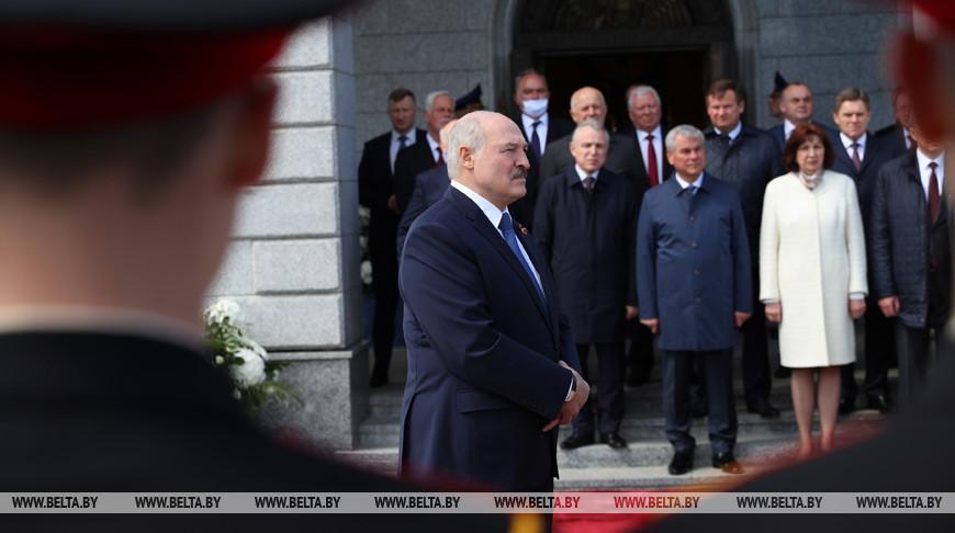 «Это не бравада» — Лукашенко о подходах Беларуси в борьбе с коронавирусом