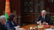 """""""Мы сдаем экзамен народу"""" - Лукашенко поручил проанализировать вопросы, с которыми обращаются люди при сборе подписей"""