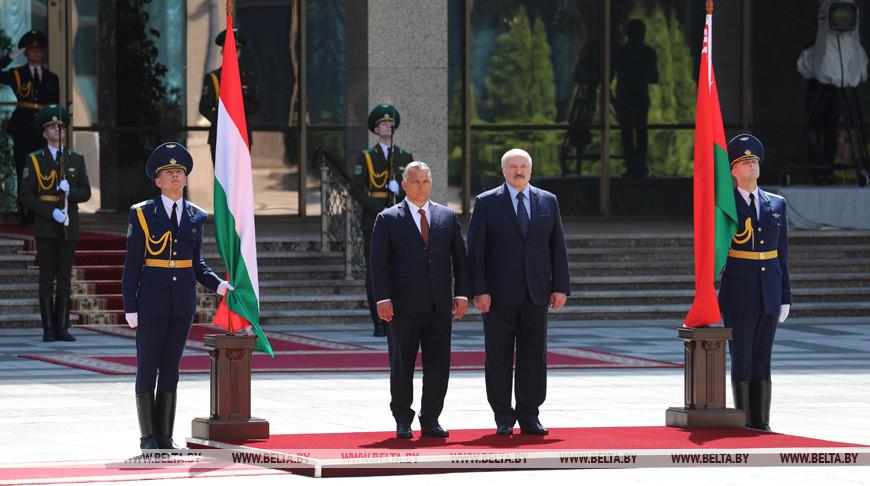 Лукашенко — Орбану: если мы о чем-то договоримся, Беларусь будет свято это выполнять