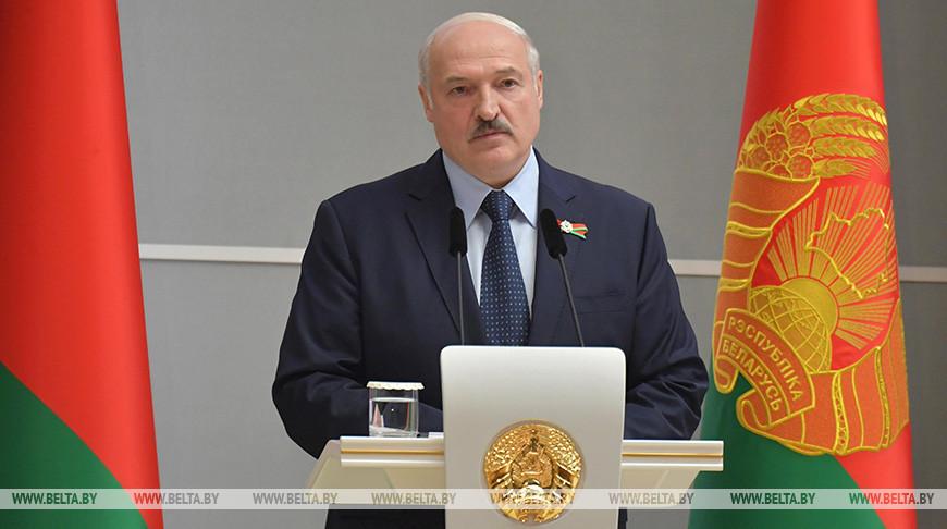 Лукашенко хотел бы видеть хотя бы по одному знаковому объекту в инвестпрограммах регионов на пятилетку