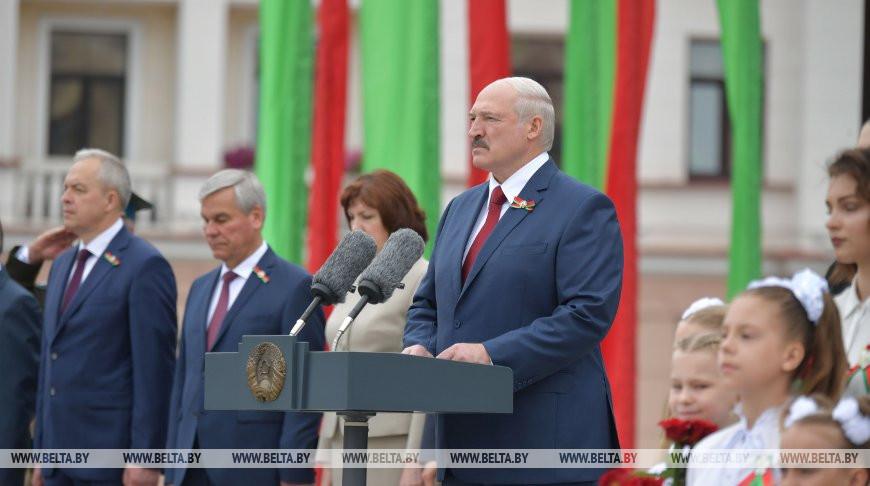 Выступление Президента Беларуси на церемонии возложения цветов на площади Победы 3 июля 2020 года