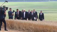 Лукашенко: выборы - это вторично, а хлеб будет нужен всегда