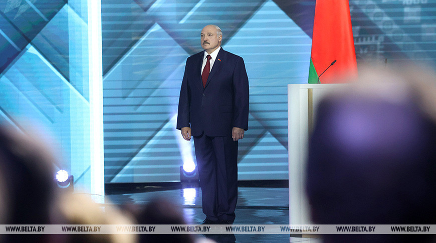 Лукашенко прибыл во Дворец Республики для обращения с ежегодным Посланием