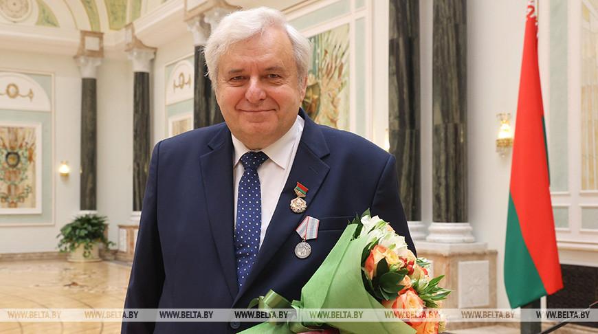 Игорь Карпов