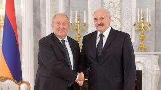 Армен Саркисян и Александр Лукашенко. Фото из архива