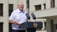 Лукашенко: если кто-то хочет отдать страну, то даже когда буду мертвым, я этого не позволю