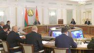 Лукашенко: мы абсолютно не одни, если кто-то думает, что власть наклонилась и зашаталась, ошибаетесь