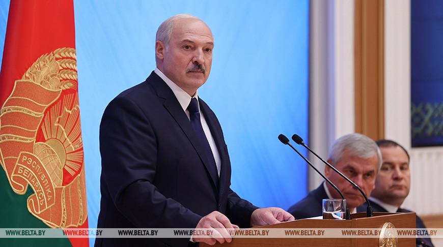 Лукашенко: время баррикад и митингов завершилось, необходимо продолжить созидание