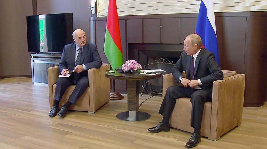 От энергетики и кредита до военных учений - Лукашенко раскрыл подробности сочинских переговоров с Путиным