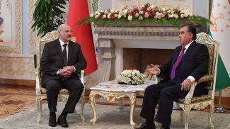 Александр Лукашенко и Эмомали Рахмон. Фото из архива