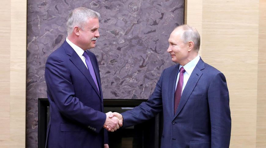 Станислав Зась и Владимир Путин. Фото kremlin.ru