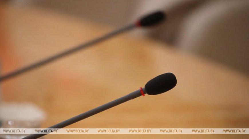Трехсторонняя контактная группа по Украине начала заседание в Минске