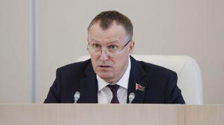 Анатолий Исаченко