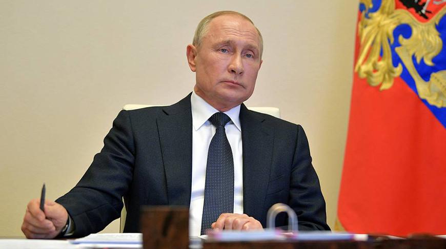 Путин рассказал Лукашенко о переговорах с Меркель и Макроном по ситуации в Беларуси