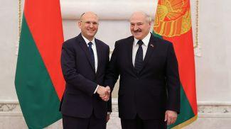 Чрезвычайный и Полномочный Посол Израиля в Беларуси Алекс Гольдман-Шайман и Президент Беларуси Александр Лукашенко