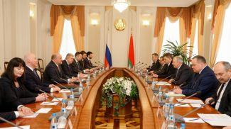 Во время встречи