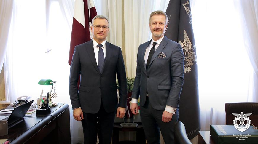Александр Осмоловский и Янис Эндзиньш. Фото пресс-службы БУТБ