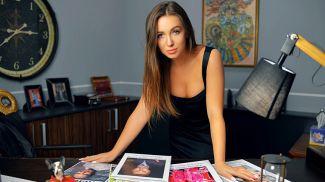 Эльвира Гаврилова в своём кабинете