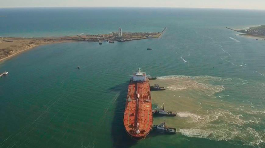 Танкер с 85 тыс. т азербайджанской нефти для Беларуси прибыл в порт Одессы.