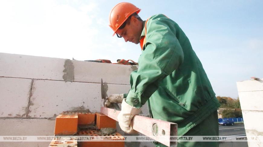 Белорусы строят в Калужской области уже третью школу и четвертый детский сад
