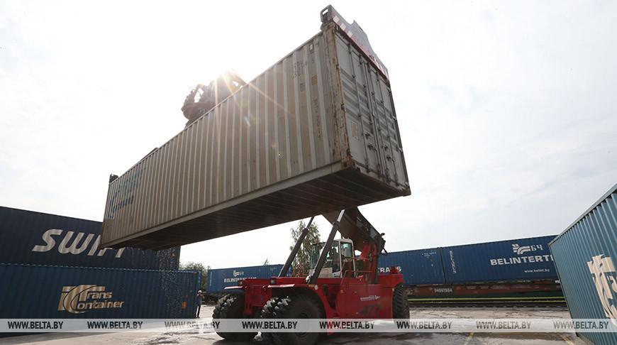 Транзитные перевозки грузов по БЖД выросли в августе на 11%