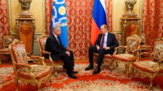Станислав Зась и Сергей Лавров. Фото ОДКБ