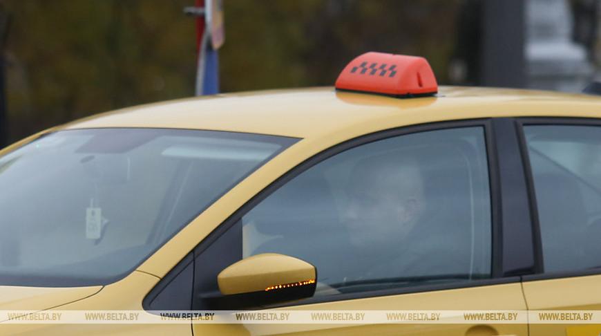 Цены на услуги такси могут упасть с приходом на рынок новых игроков - Минтранс