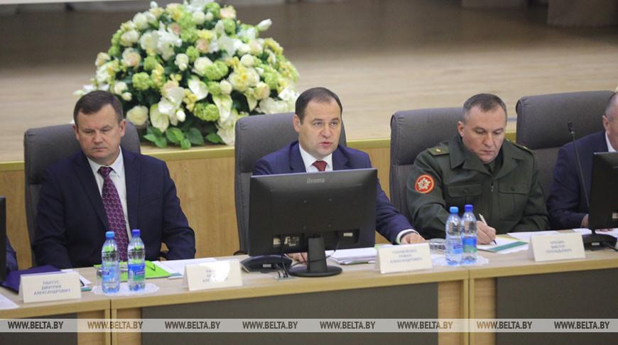 Государственный секретарь Совета безопасности Беларуси Андрей Равков, председатель Государственного военно-промышленного комитета Роман Головченко, министр обороны Виктор Хренин