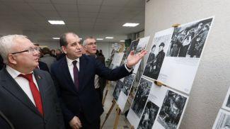 Председатель Витебского областного Совета депутатов Владимир Терентьев и посол Армении в Беларуси Армен Гевондян