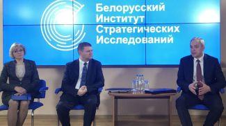 Игорь Сергеенко во время посещения